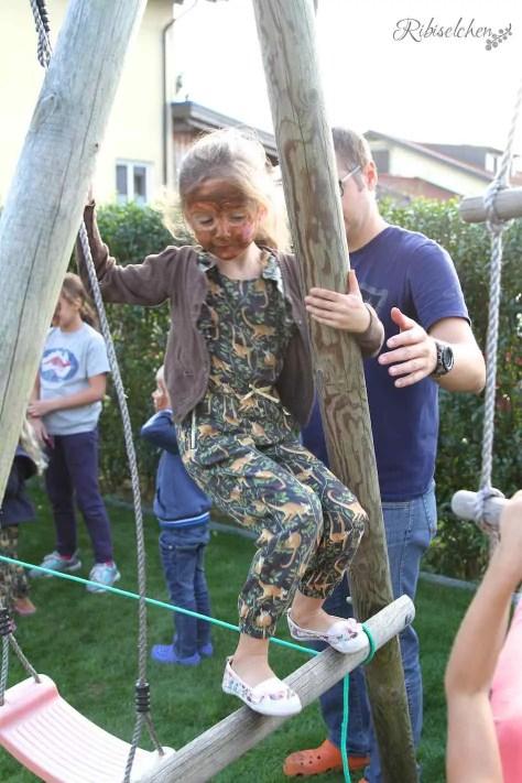 Partyspiel Dschungelparcours