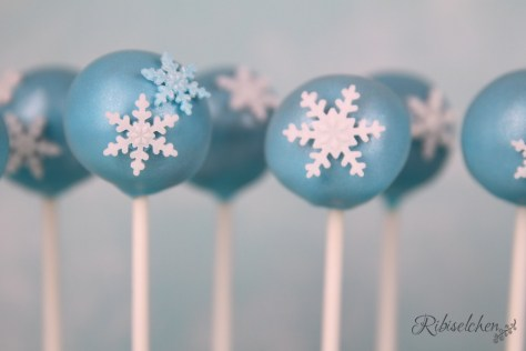 Eiskönigin Cake Pops