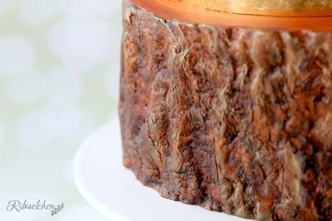 Baumstammtorte - Tree trunk cake