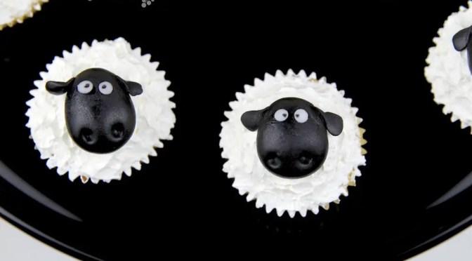 Schaf Cupcakes & Cookies