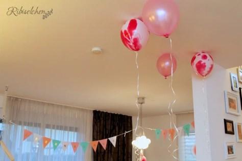 Luftballons Pyjamaparty