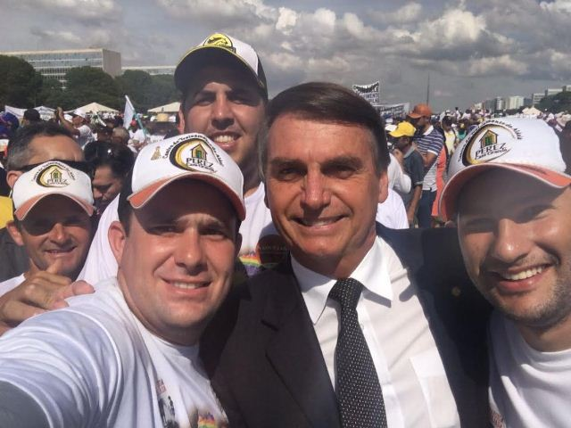 Image result for Jair Bolsonaro, photos, selfie