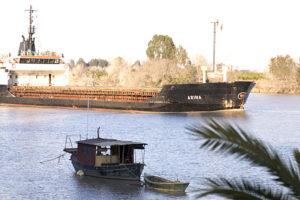 El Guadalquivir a su paso por Coria del Río. Fotografía: Sandra Díaz-Siachoque