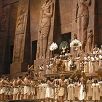 Aida – Great review of Riccardo's Radames in Metropolitan Opera House