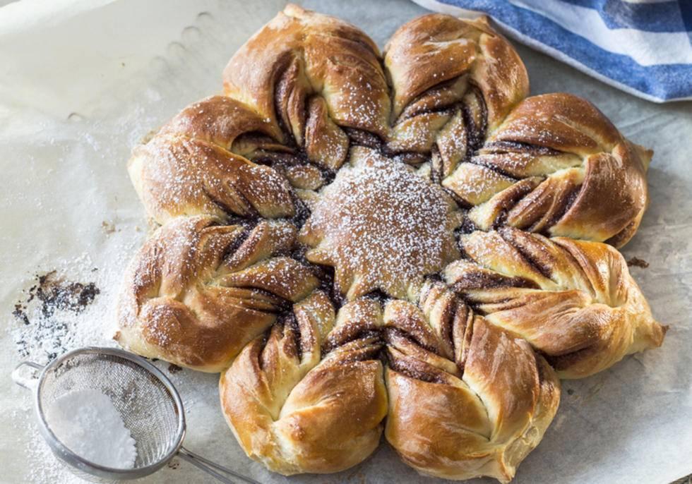Dolce Stella Di Natale Ingredienti.Stella Di Pasta Sfoglia Con Nutella Ricettasprint It