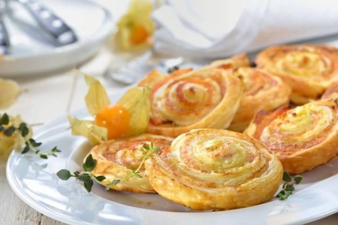 Girelle di Sfoglia con Salmone e Patate