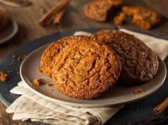 Biscotti delle feste con fichi e ricotta, ricetta adatta ai celiaci