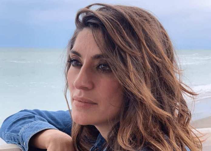 Elisa Isoardi annuncia un grave lutto