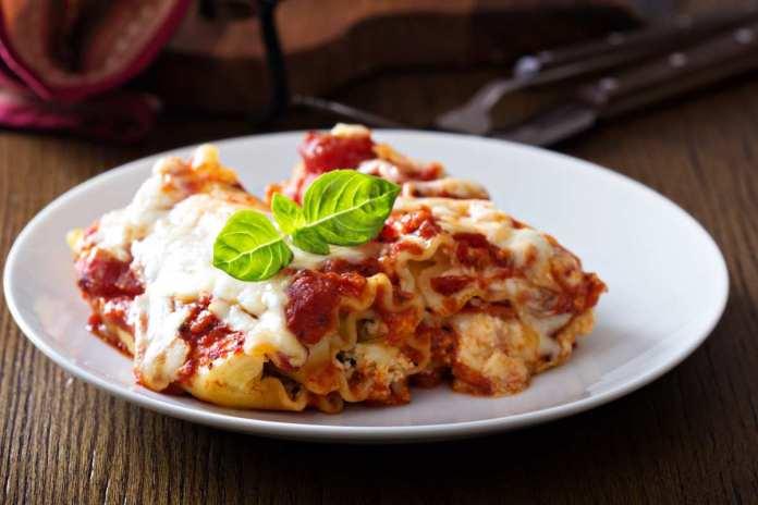 Rotolini di lasagne ricce con ricotta e spinaci - ricettasprint.it