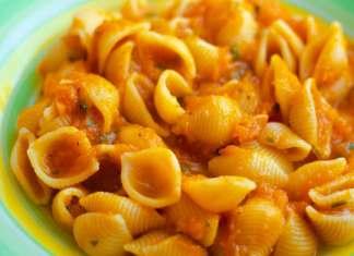 Pasta con pesto di carote - ricettasprint.it