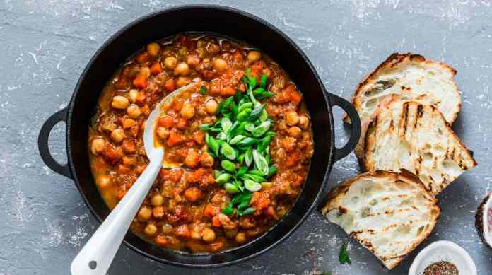 Zuppa di ceci in umido - ricettasprint.it