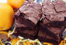 Torta all'arancia e cacao senza latte, burro e uova