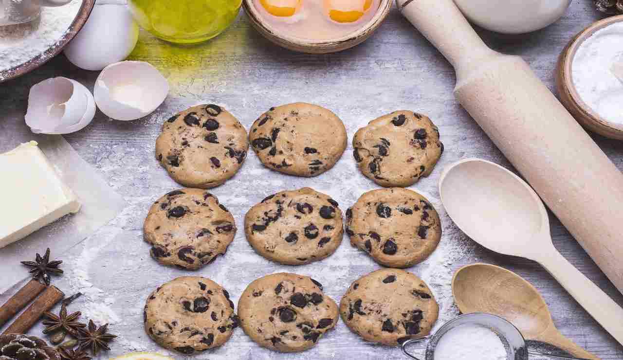 Biscotti al parmigiano olive e rosmarino