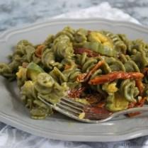 Pasta zucchine e pomodori secchi bimby