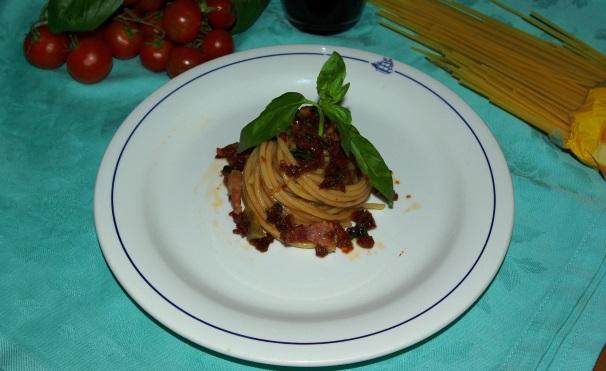 vermicelli pancetta e pomodori secchi_