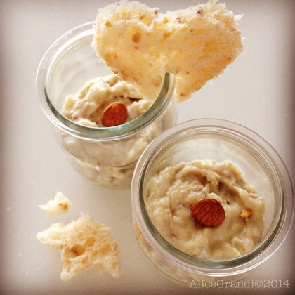 crema topinambur mandorle vegan almond spread