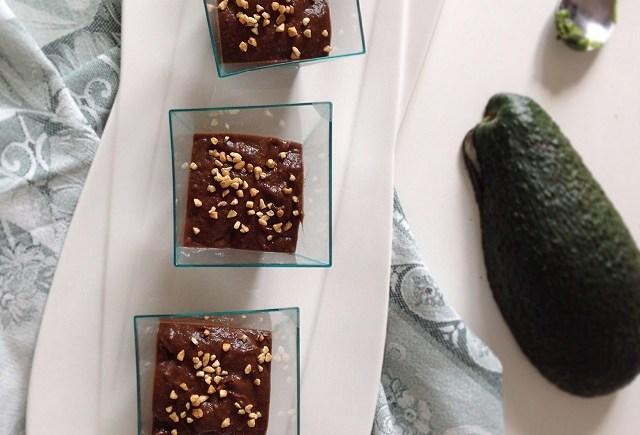 mousse cioccolato light vegan avocado mousse