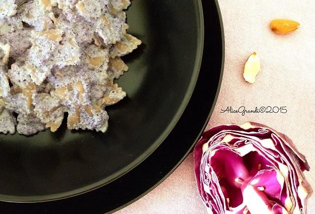 pasta pesto cavolo rosso mandorle vegan red cabbage almond