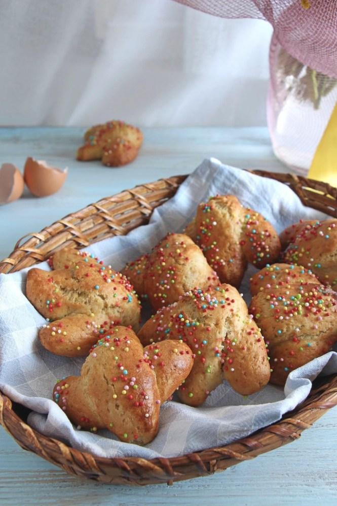 Biscotti-Pasqua-cudduraci-italian-easter-cookies-4
