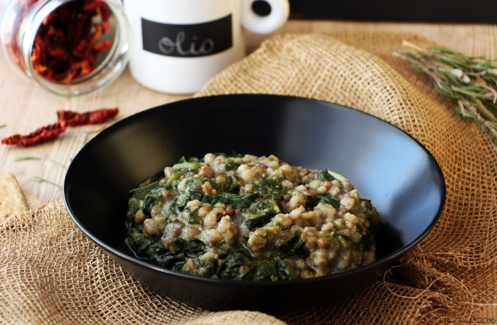 Legumi e cereali in zimino Chard, grains and beans soup