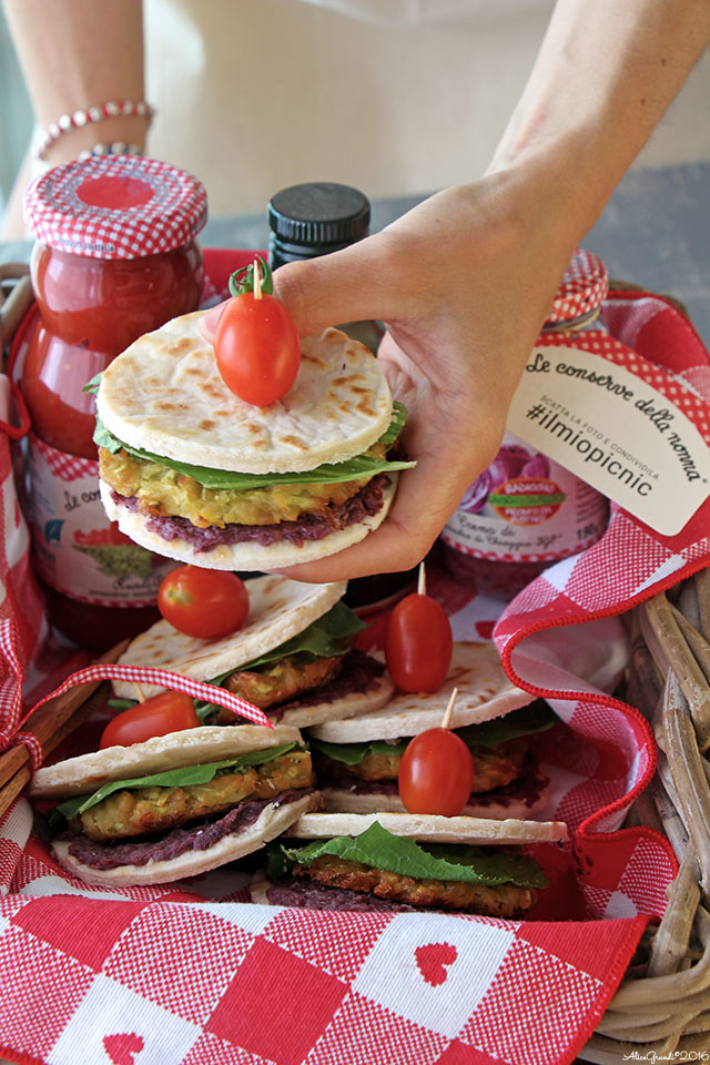 piadina-vegetariana-falafel-zucchine-radicchio