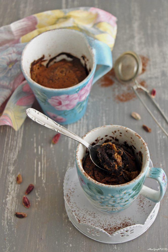 torta-in-tazza-cioccolato-pistacchio-chocolate-mug-cake