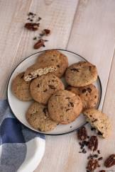 Biscotti proteici al cioccolato e noci
