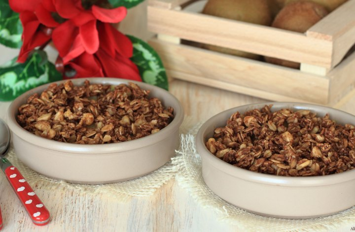 crumble-di-mandorle-vegan-cacao-kiwi-senzaburro