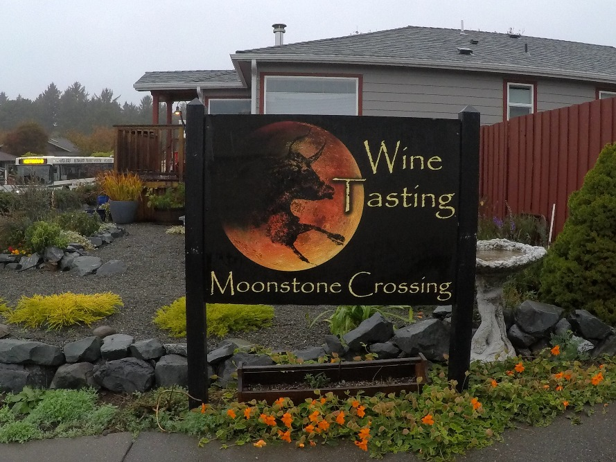 MOONSTONE CROSSING WINERY TRINIDAD
