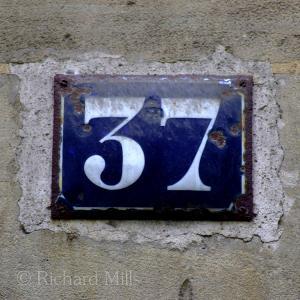 037 C1 Paris 107 esq © resize