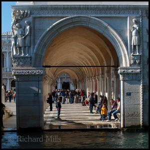 6 Venice 2129 esq © resize