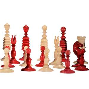 EARLY 19TH CENTURY IVORY CHESS SET