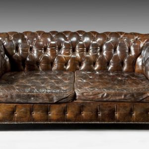 ANTIQUE EDWARDIAN CHESTERFIELD IN ORIGINAL LEATHER