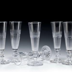 ANTIQUE SET OF EIGHT GLASS WINE FLUTES