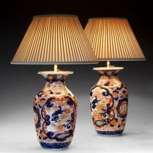 ANTIQUE PAIR OF IMARI VASES CONVERTED TO LAMPS