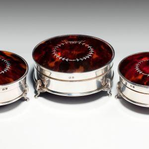 ANTIQUE GLASS SILVER & TORTOISESHELL DRESSING TABLE POTS