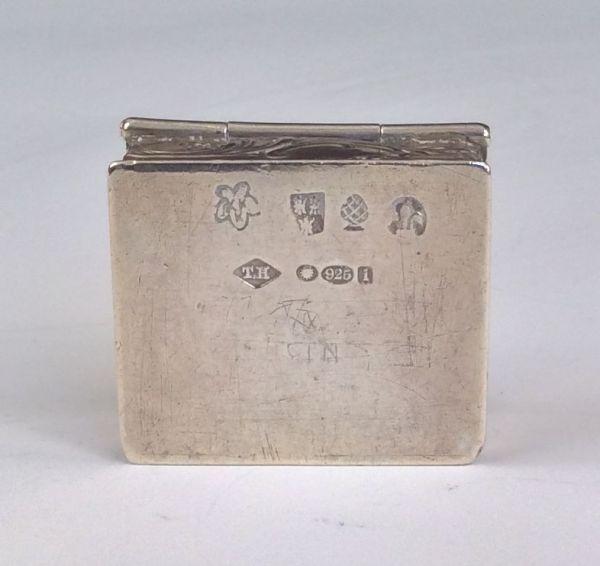 antique-silver-pill-box-5677_1