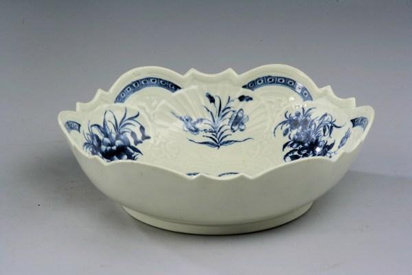 _93P0191Worcester-salad-bowl-junket-dish-antique-