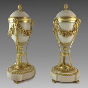 ANTIQUE PAIR OF NAPOLEON III MARBLE AND GILT CASSOLETTES
