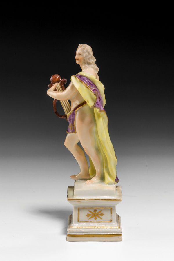 Meissen-figure-muse-porcelain-antique-5300_1_5300