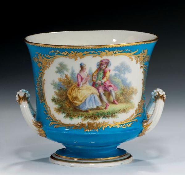Sevres-cache-pot-bleu-celest-body-antique-123_1_123