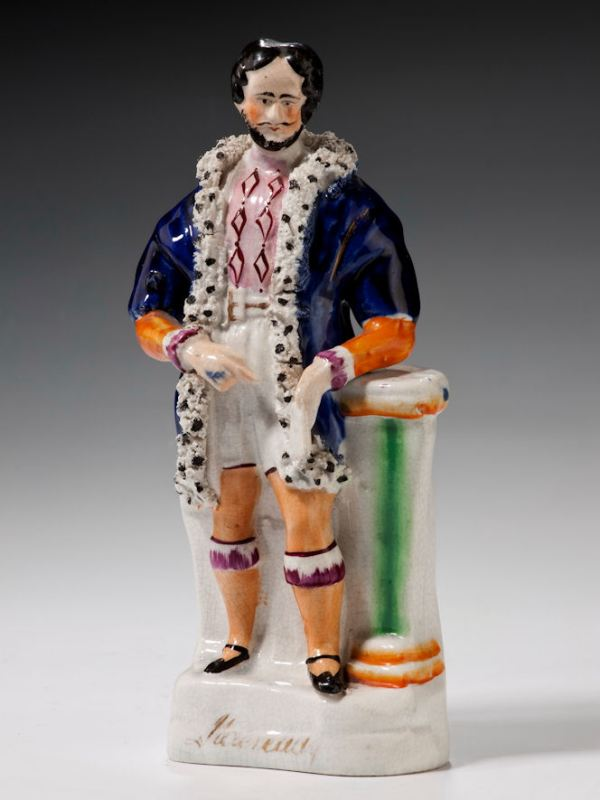 ANTIQUE STAFFORDSHIRE FIGURE OF WILLIAM CHARLES MACREADY AS JAMES V