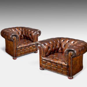 VINTAGE PAIR OF BUTTONED LEATHER CLUB CHAIRS