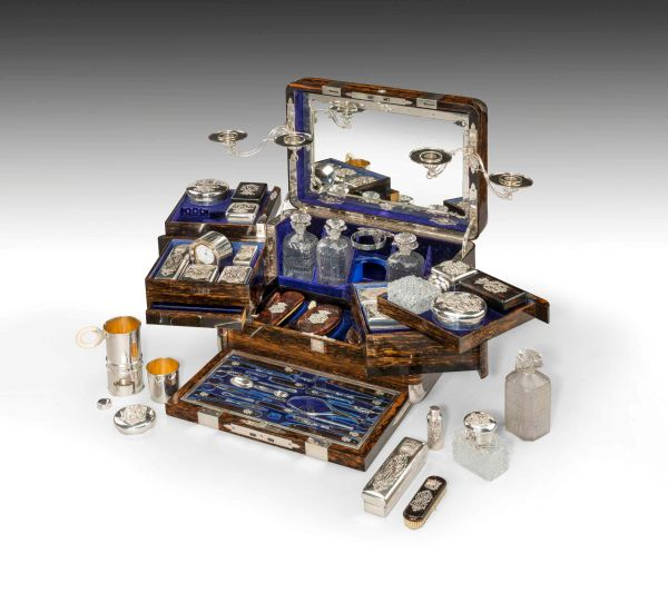 antique-dressing-travelling-case-Thornhill-silver-fittings-large-rare-Tient-Ferme-gentlemans- (10)