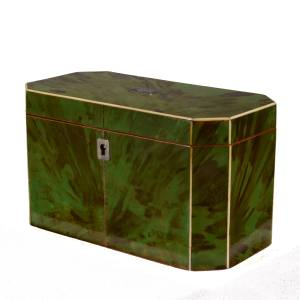 ANTIQUE RARE GREEN TORTOISESHELL TEA CADDY