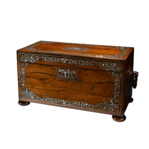 ANTIQUE EARLY 19TH CENTURY ROSEWOOD & MOTHER-OF-PEARL TEA CADDY