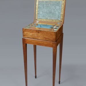 GEORGE III SHERATON PERIOD LADIES WORK BOX