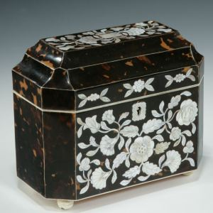 ANTIQUE MOTHER OF PEARL INLAID TORTOISESHELL TEA CADDY