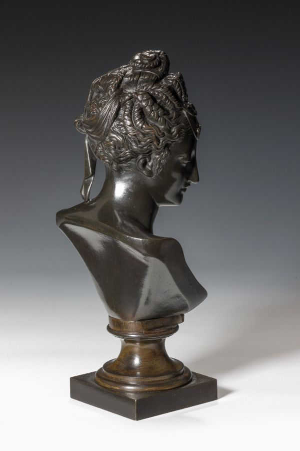 bronze-bust-of-a-lady-antique-5452_1_5452