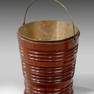 ANTIQUE DUTCH MAHOGANY TURNED & RIBBED BUCKET